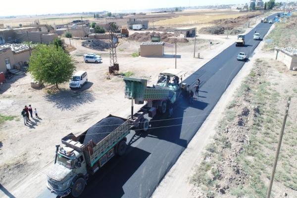 البدء بتعبيد أطول طريق حيوي في مقاطعة قامشلو