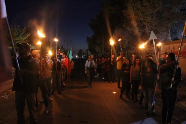 مسيرة بالمشاعل لشبيبة تربه سبيه استنكاراً للعدوان التركي على شنكال