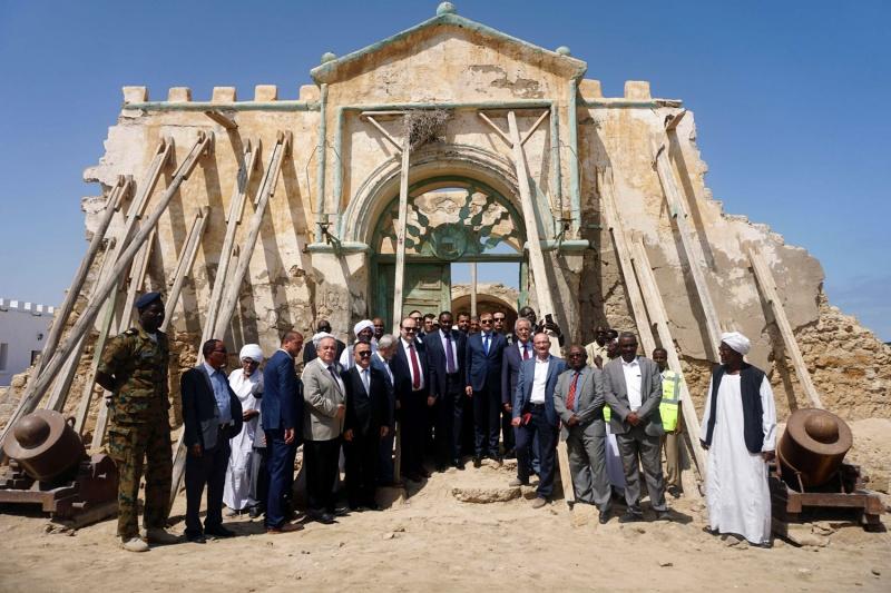 البرهان: السواكن سودانية ولن نرضى بالتواجد الأجنبي العسكري