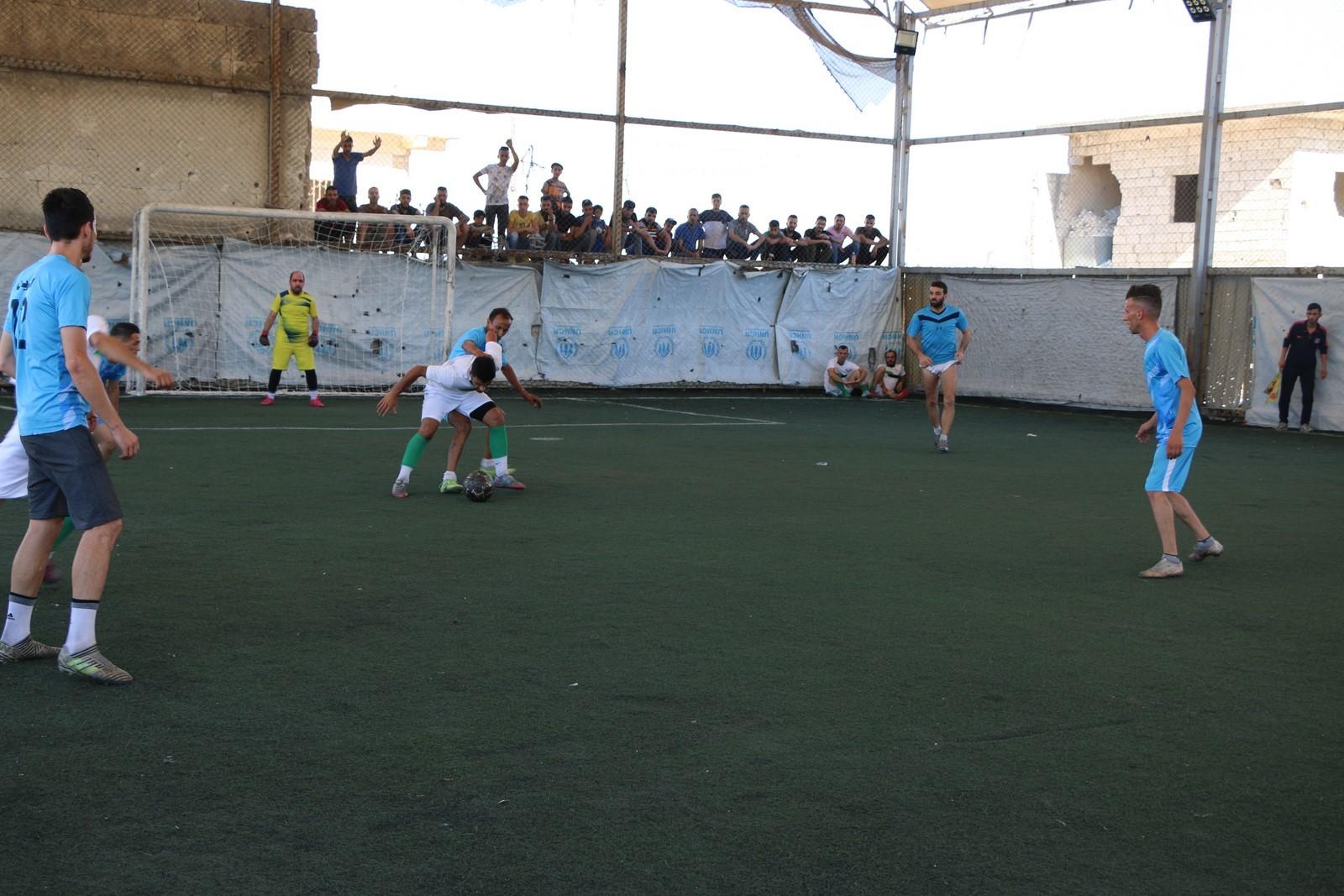 https://www.hawarnews.com/ar/uploads/files/2021/07/12/170749_heleb-futbol-28429.jpg