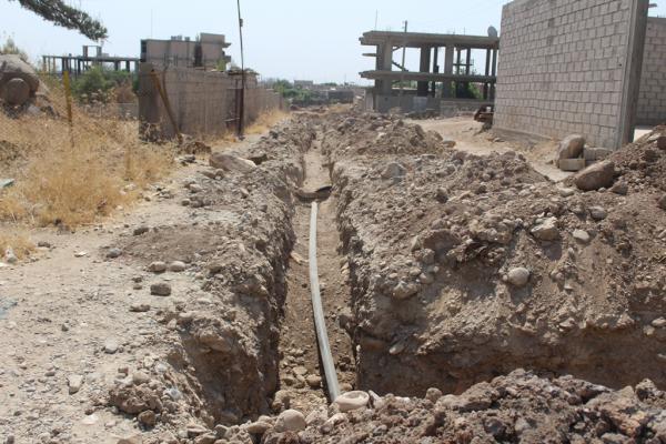 دائرة مياه ديرك تُنفذ مشروع توسيع شبكة مياه الشرب
