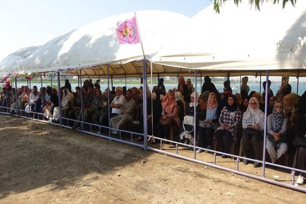 إدارة المرأة في الرقة تحتفل بمناسبة مرور السنة الأولى لتأسيسها