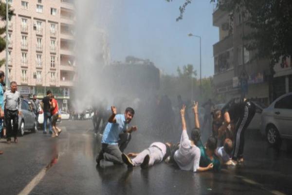 احتجاجات واسعة مندّدة باستيلاء سلطات العدالة والتنمية على 3 بلديّات