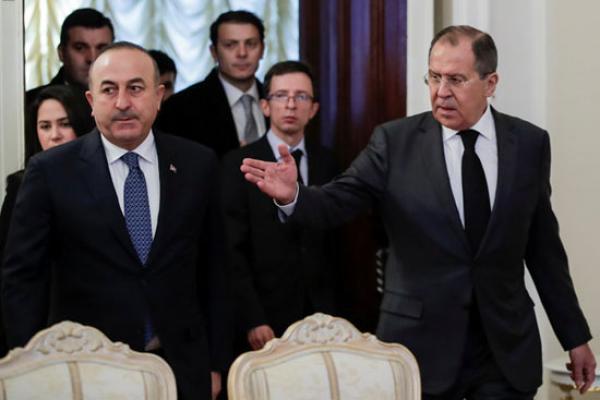 موسكو تتوعد: سنرد على أي استهداف للعسكريين الروس في سوريا