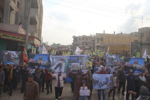 مظاهرة شعبية في كوباني تنديدا بجرائم الغزو التركي لمناطق شمال وشرق سوريا