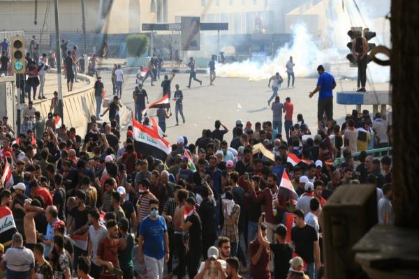 ضحايا وجرحى خلال مواجهات على جسور استراتيجية في بغداد