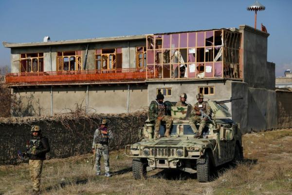 هجوم انتحاري يستهدف أكبر القواعد الأمريكية في أفغانستان