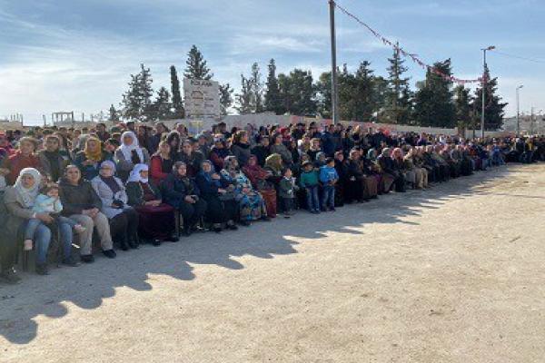 الآلاف في كوباني يبدؤون الاحتفال بذكرى تحريرها من داعش