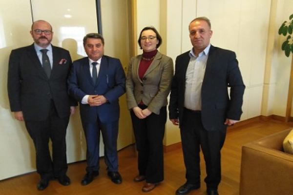 ممثلو الإدارة الذاتية يجتمعون مع وفد الخارجية البلجيكية