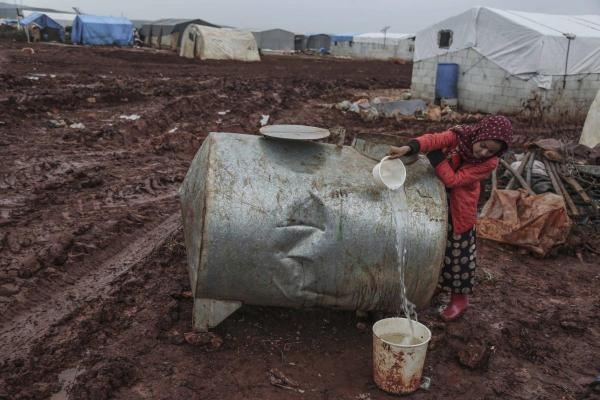 هيومن رايتس ووتش: تركيا تعمق الأزمة في شمال شرق سوريا وتقوض عمل المنظمات الإنسانية