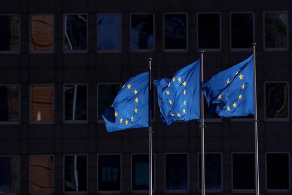 الاتّحاد الأوروبّي يمدّد عقوباته المفروضة على الحكومة السّوريّة