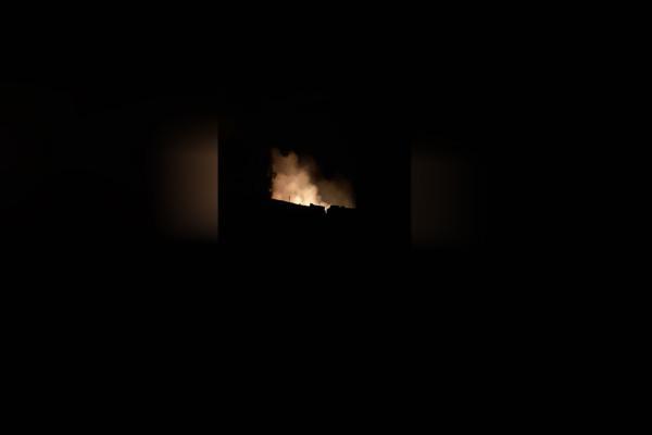 قصف تركي يحرق منازل في ريف تل تمر