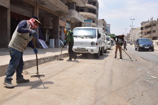 حملات للنظافة في قامشلو وفافين وتوسيع شبكات المياه في مخيمات المُهجّرين