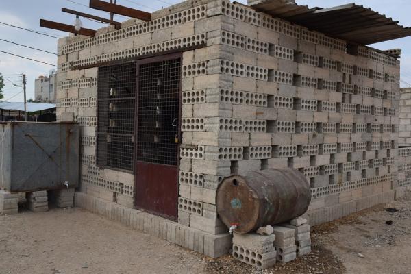 بعمل جماعي وتشاركي يغذون منازلهم بالكهرباء