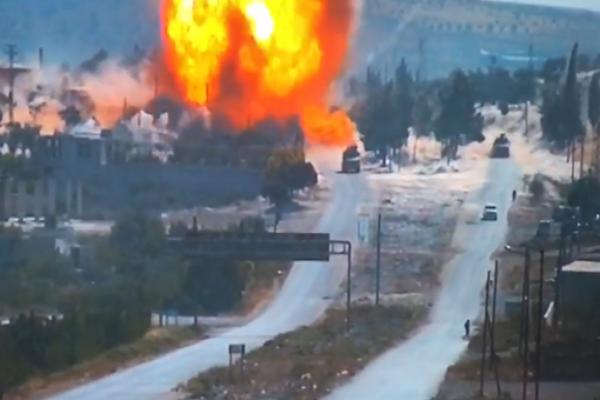 المرصد: إصابة جنود روس إثر انفجار استهدف دورية مشتركة مع الأتراك