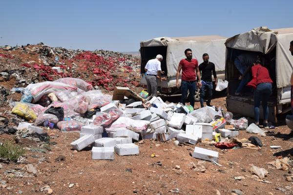 إتلاف طنين ونصف الطن من المواد منتهية الصلاحية في قامشلو