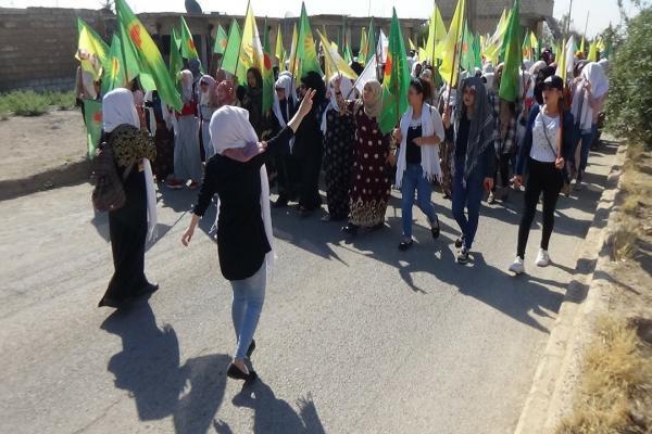تظاهرة في تل براك تندد بالاحتلال التركي وتدعو للمقاومة ضده