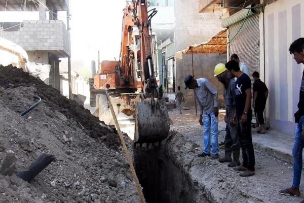 وقوفًا عند شكاوى الأهالي بلدية هجين تبدأ بصيانة شبكات الصرف الصحي