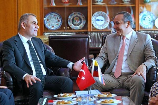 أردوغان أحبط تحقيقات بشأن نشاطات فيلق القدس الإيراني