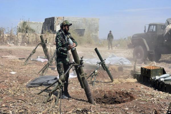 إدلب.. الاحتلال التركي يستقدم تعزيزات جديدة والقوات الحكومية تجدد القصف