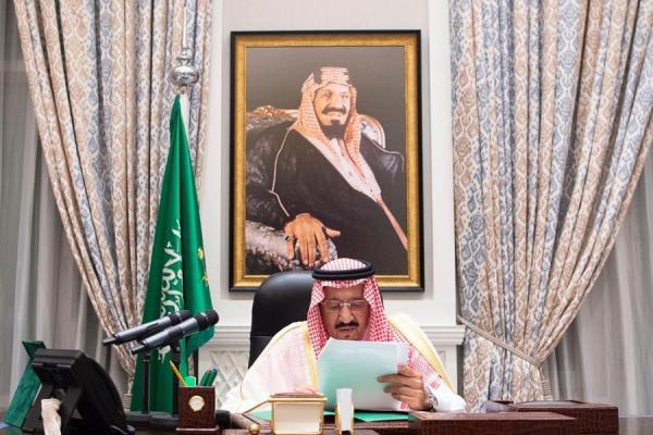 العاهل السعودي: انفجار مرفأ بيروت حدث نتيجة هيمنة حزب الله