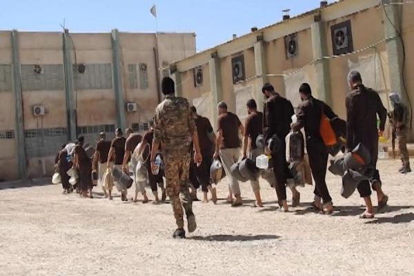 التحالف يخطط لتوسيع سجن داعش في شمال شرق سوريا