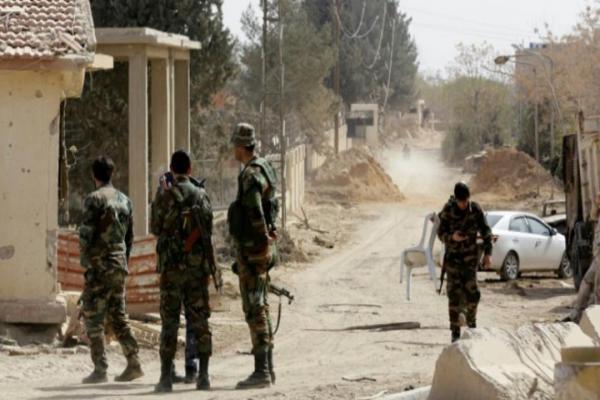 مجهولون يستهدفون مواقع للحكومة في ريف درعا