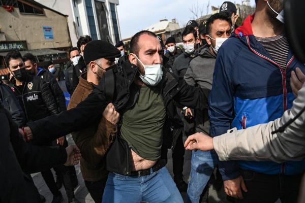 تقرير حقوقي: مقتل 23 طالبًا في تركيا خلال أربع سنوات