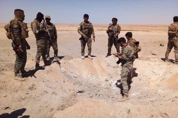 قسد وبدعم من التحالف تطلق حملة تمشيط في وادي العجيج بريف دير الزور