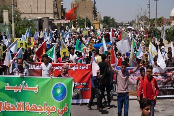 خلال مظاهرة.. أهالي الطّبقة يندّدون بالانتهاكات التركيّة بحقّ شعوب المنطقة