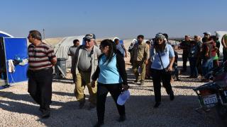 وفد لبناني يزور مخيم برخدان في الشهباء