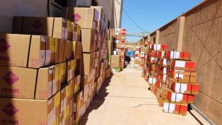 الهلال الأحمر الكردي يقدم شاحنة من الأدوية لمشفى الكسرة في دير الزور