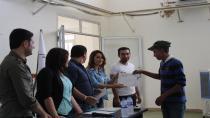 تخريج ثالث دورة مهنية وحرفية للشبيبة في قامشلو