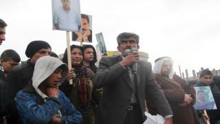 عشرات الآلاف في شوارع كوباني تنديداً بـ''اليوم الأسود''