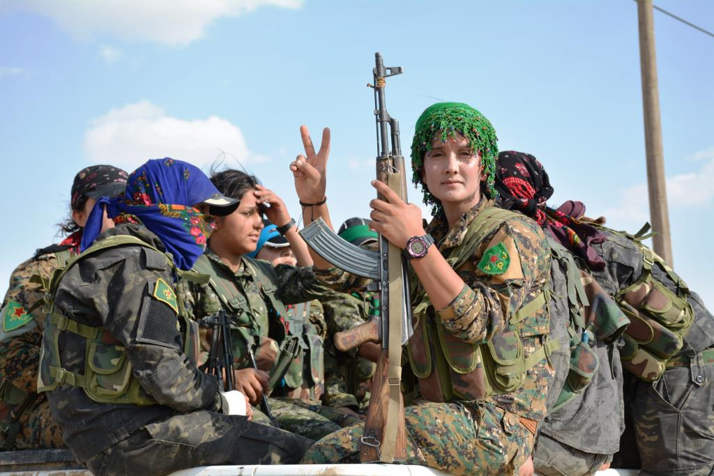 YPJ fighters in al-Jazeera Tempest to liberate Arab women from oppresse