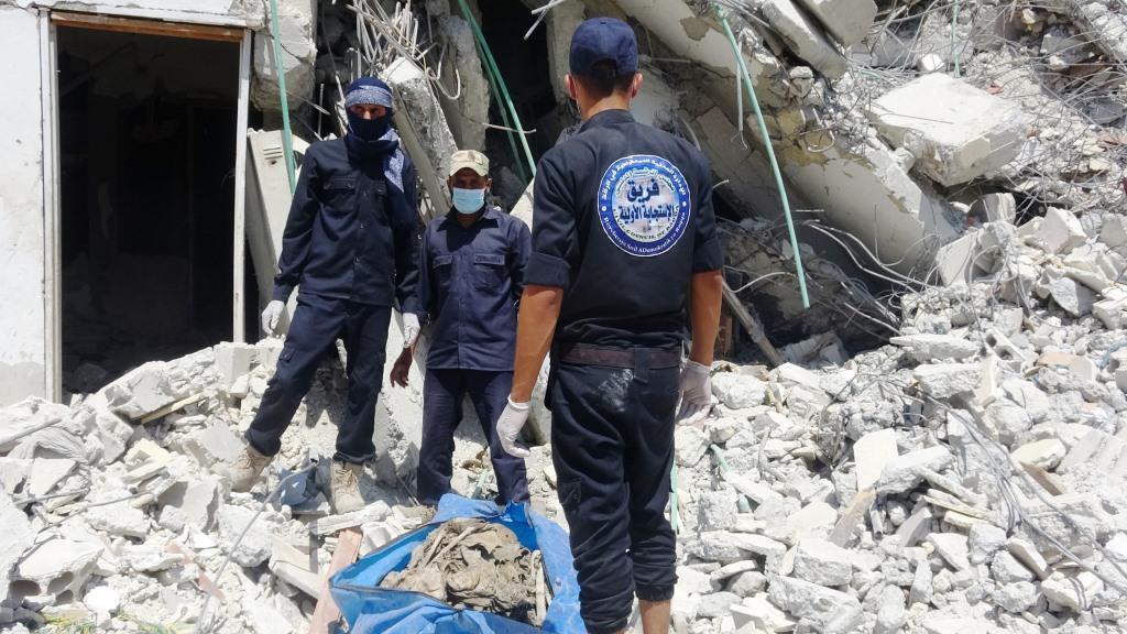Video graphic ... Mass graves found in al-Raqqa, Ain Issa.