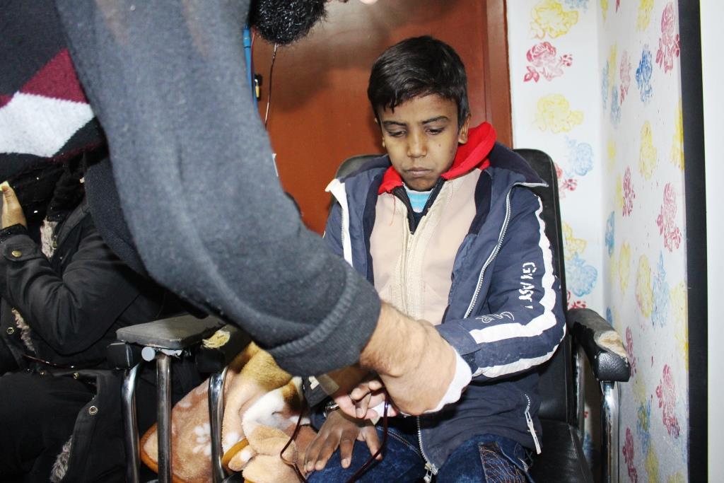 Thalassemia has spread among al-Raqqa children , Health Committee provides treatment free