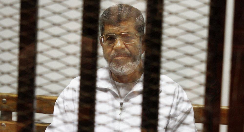 Egyptian ex-president Mohamed Morsi dies in prison