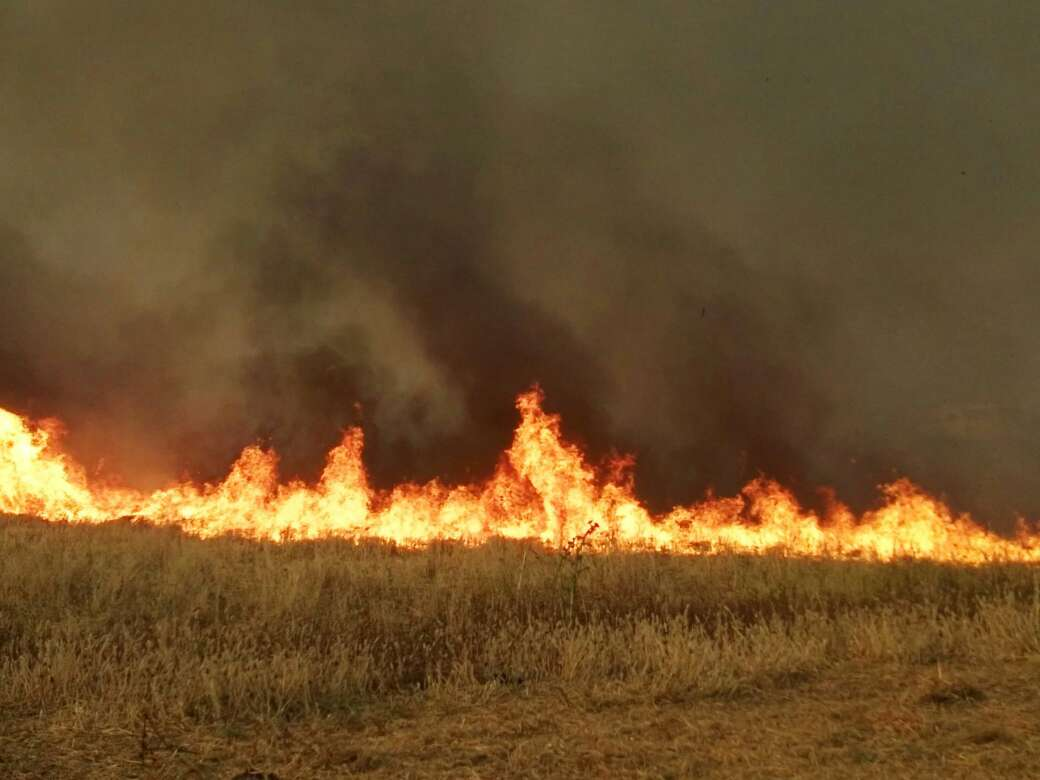 New fires engulf the lands of Kobani's eastern villages