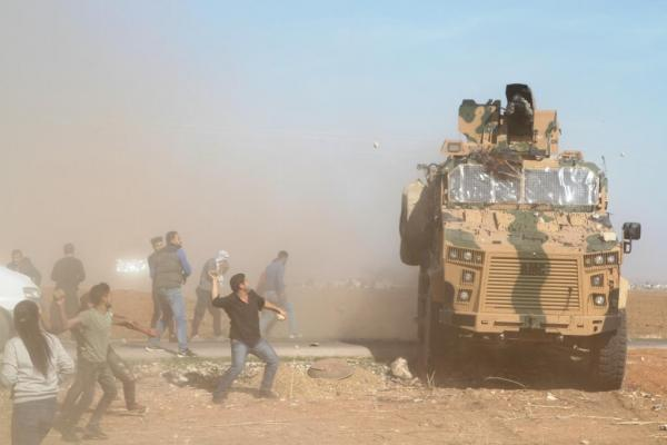 Joint patrol in Kobane shoot protesters; reports of casualties