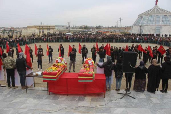 Kobane residents bide farwell two martyrs of  Dignity Resistance