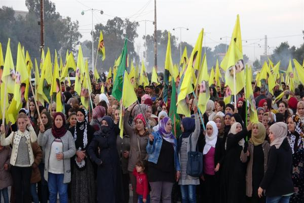 Thousands of Al Hasaka canton residents demonstrate  for revealing Ocalan's situation