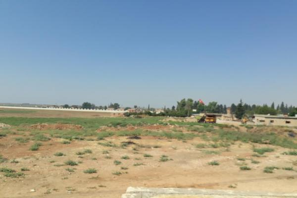 Turkish occupation digs trenches on the border in front of Ad-Darbasiyah