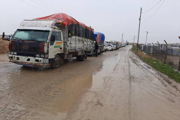 Syrian families leave the al-Hol Camp