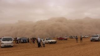 Videoed, great sandstorm hit southern areas of al-Jazeera