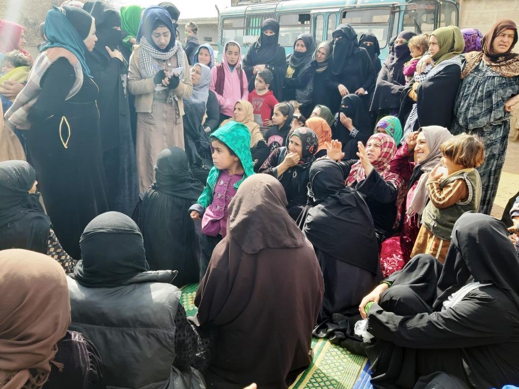9 comunas de mujeres formadas en Deir-ez-Zor
