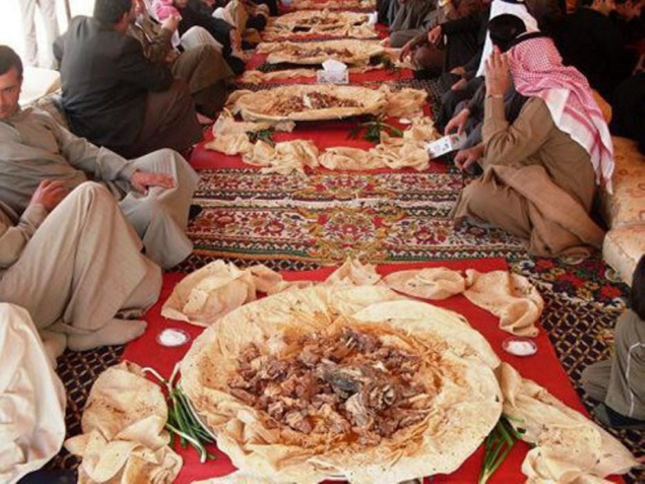 Ceremonias de boda de Al-Tabqa revividas de nuevo
