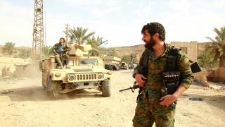 La región norte de al-Baguoz liberada, un depósito de armas encontrado
