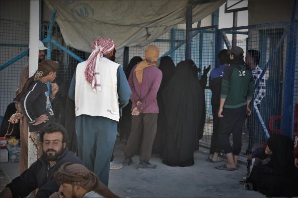 El primer grupo de familias sirias saldrá del campamento de al-Hol la próxima semana