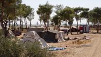 Koçberên li kampa Yerub alîkarî xwest û Meclisa Sivîl a Reqayê bersivand